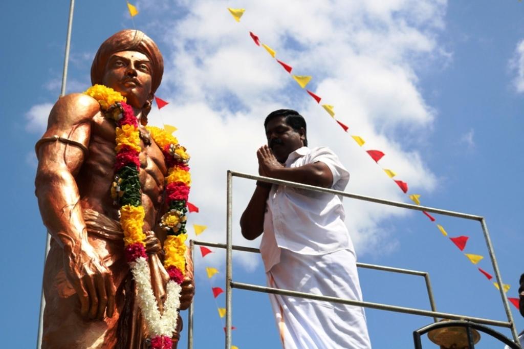கிளிநொச்சி-அக்கராயனனை ஆண்ட அக்கிராசன் மன்னனின் சிலை திறப்பு..