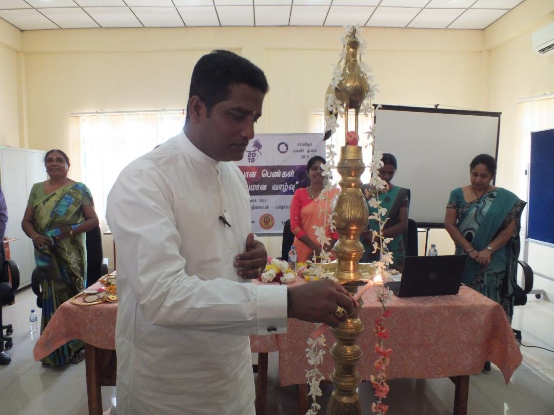 'உறுதியான பெண்கள் ஆரோக்கியமான வாழ்வு' மாநாட்டில் மாநகர முதல்வரும் கலந்து கொண்டார்.