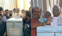 தயாரிப்பாளர் சங்க தேர்தல்!! -பொலிஸ் பாதுகாப்புடன்-