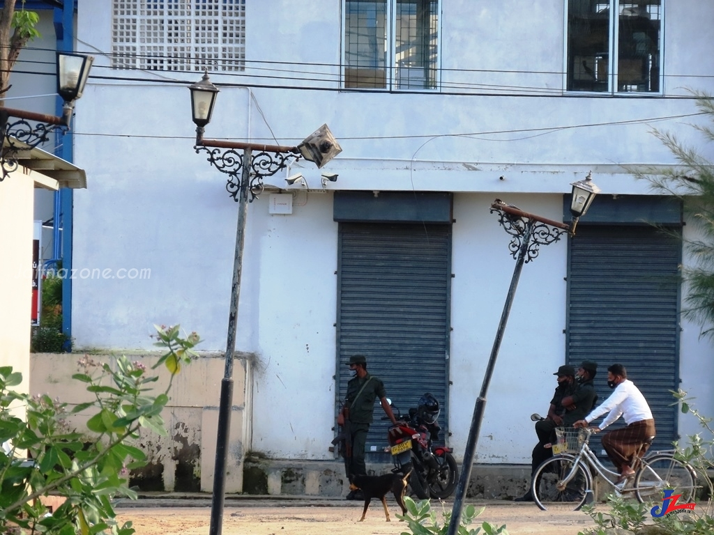 கொரோனாவால் மரணித்ததாக கூறப்பட்ட சாய்ந்தமருது நபரின் ஜனாஸா 25 நாட்களின் பின்னர் நீதிமன்ற உத்தரவில் குடும்பத்தினரிடம் கையளிப்பு