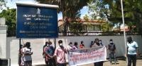 970 சுகாதார தொண்டர்களுக்கும் நிரந்தர நியமனம் வேண்டும்..! ஆளுநர் செயலகம் முன்பாக மேலும் ஒரு தரப்பு போராட்டம்..