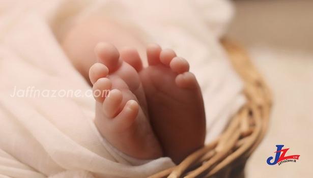 பிறந்த குழந்தைக்கு கொரோனா!! -கருப்பையில் இருந்து தொற்று பரவியது-