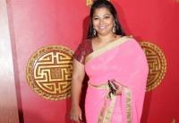 சொகுசு வீட்டில் மது விருந்து!! -சினிமா நடிகை உள்பட 15 பேர் கைது-