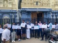 இலண்டன் அருள்மிகு சிவன் திருக்கோயில் முன்பு இடம்பெற்ற போராட்டம்